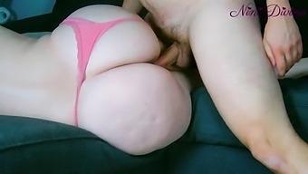 I Film In Close-Up The Huge Ass Of My Stepmom Fucking!