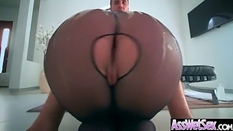 Big Butt Girl (Brooklyn Chase) Get Oiled And Deep Anal Nailed On Cam Video-13